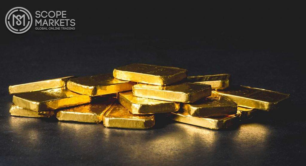 Giá vàng phiên Mỹ chạm mức thấp